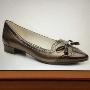 Anne Klein Kinging Pointy Toe Metallic Flats 8